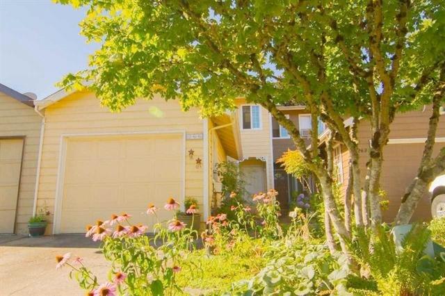 266 NE Powderhorn Dr, Corvallis  $150,000