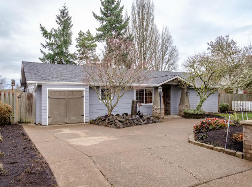 SOLD: 450 NW Conifer Blvd, Corvalls $400,000
