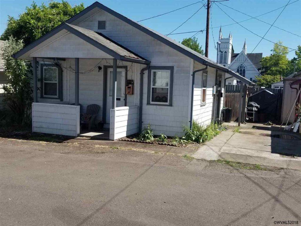 318 Washington Street SW, Albany $110,000