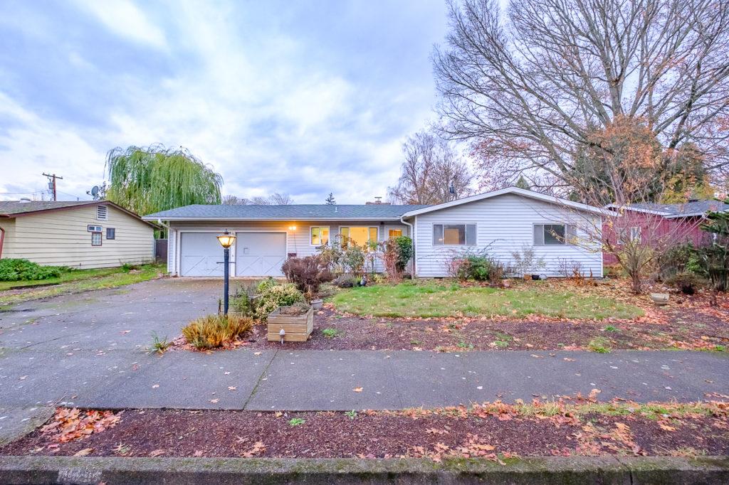 SOLD: 1820 NW Garryanna Street, Corvallis $305,000