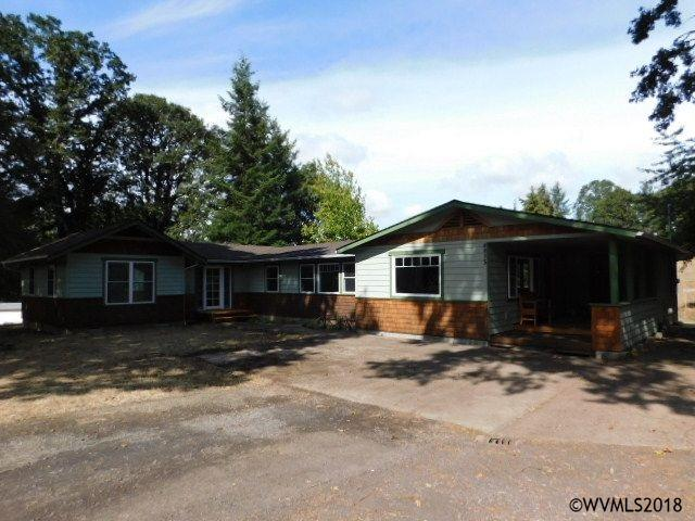 SOLD: 4815 Sunset View Lane S, Salem $439,000