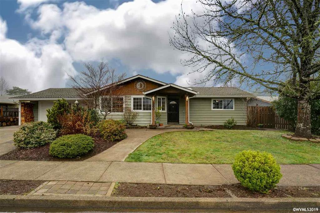 SOLD: 360 NE Cambridge Circle, Corvallis  $365,000