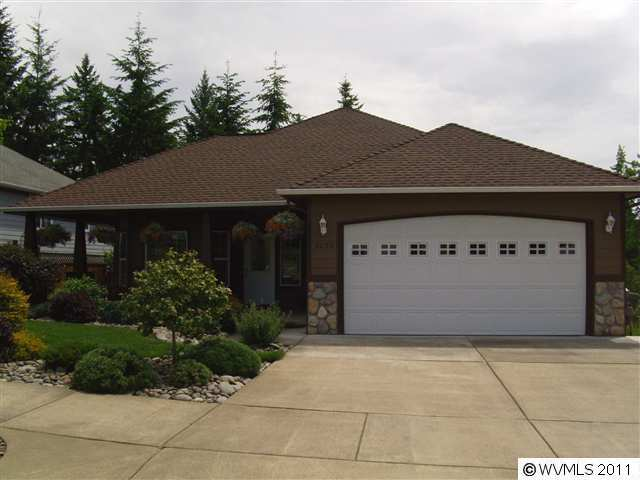 SOLD: 2032 NW Cluster Oak Ave, Albany. $388,900