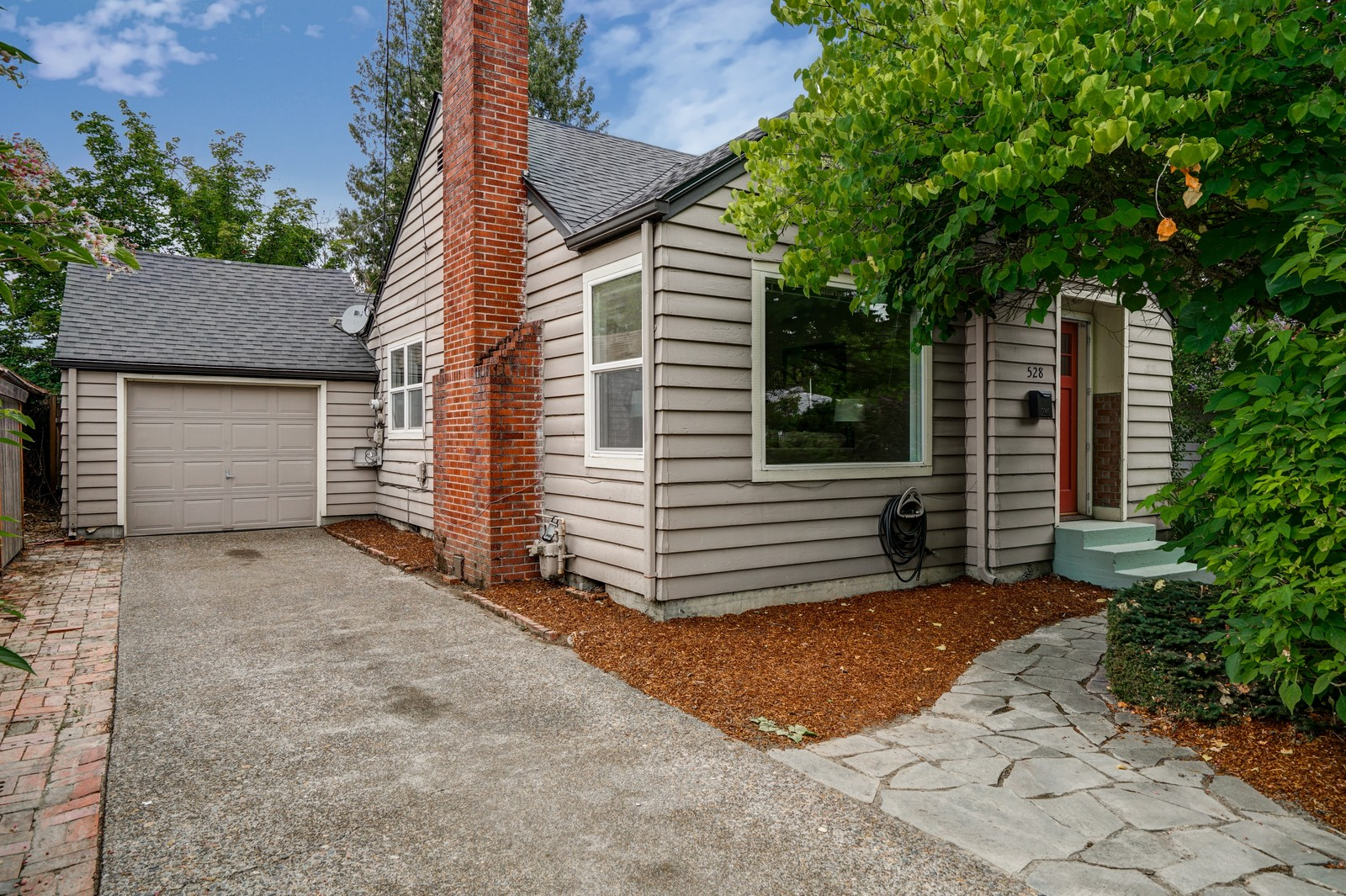 SOLD: 528 NW 17th Street, Corvallis. $299,000