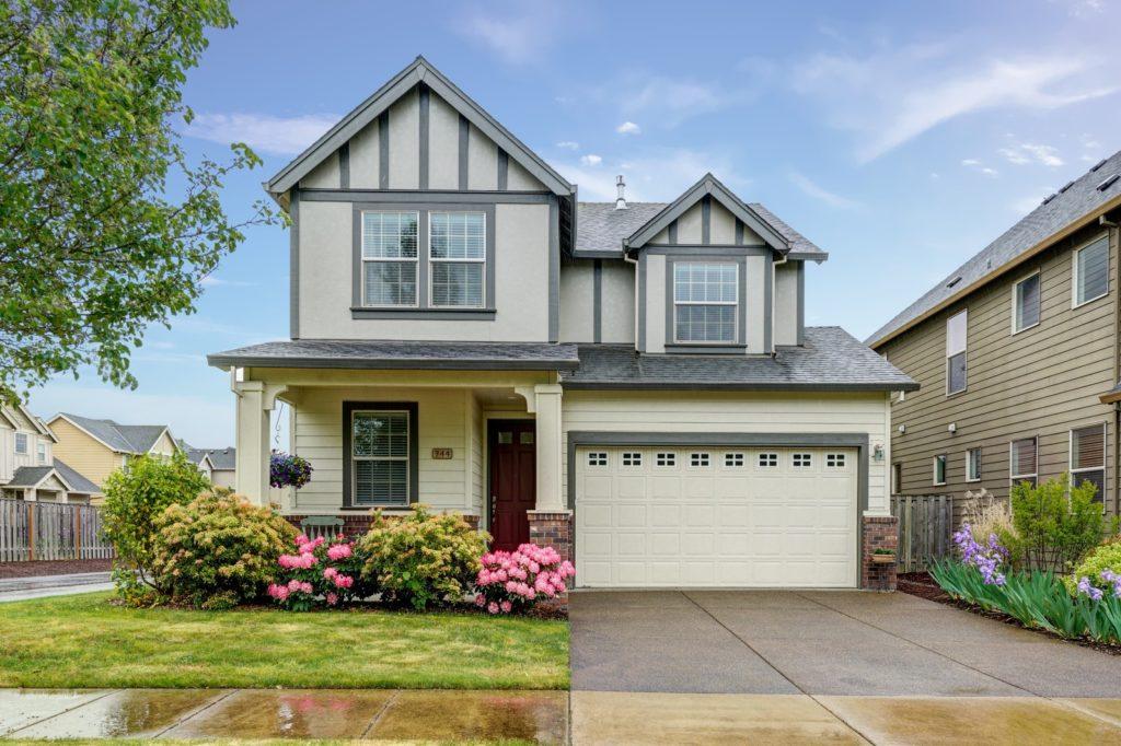 SOLD: 744 SE Bayshore Drive, Corvallis. $445,000