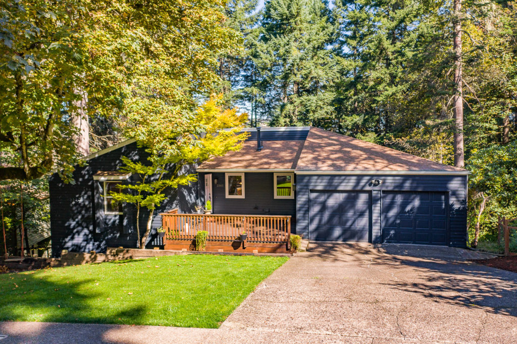 SOLD:  2345 NW Estaview Circle, Corvallis. $500,000