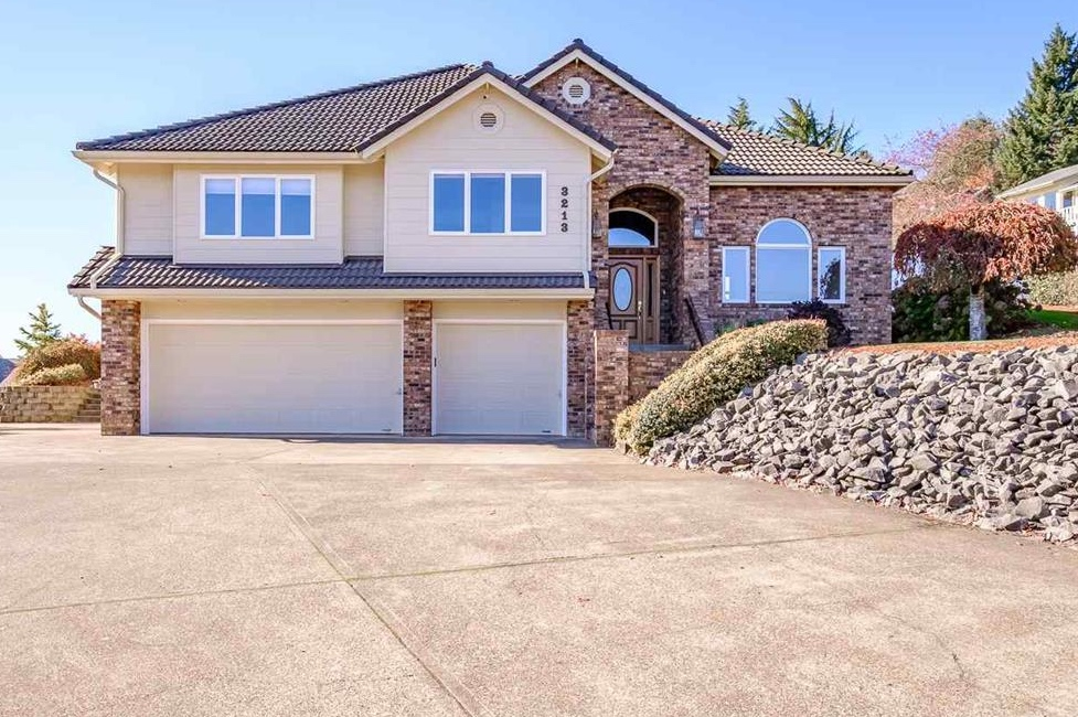 SOLD:  3213 Southwood Dr, Philomath. $475,000