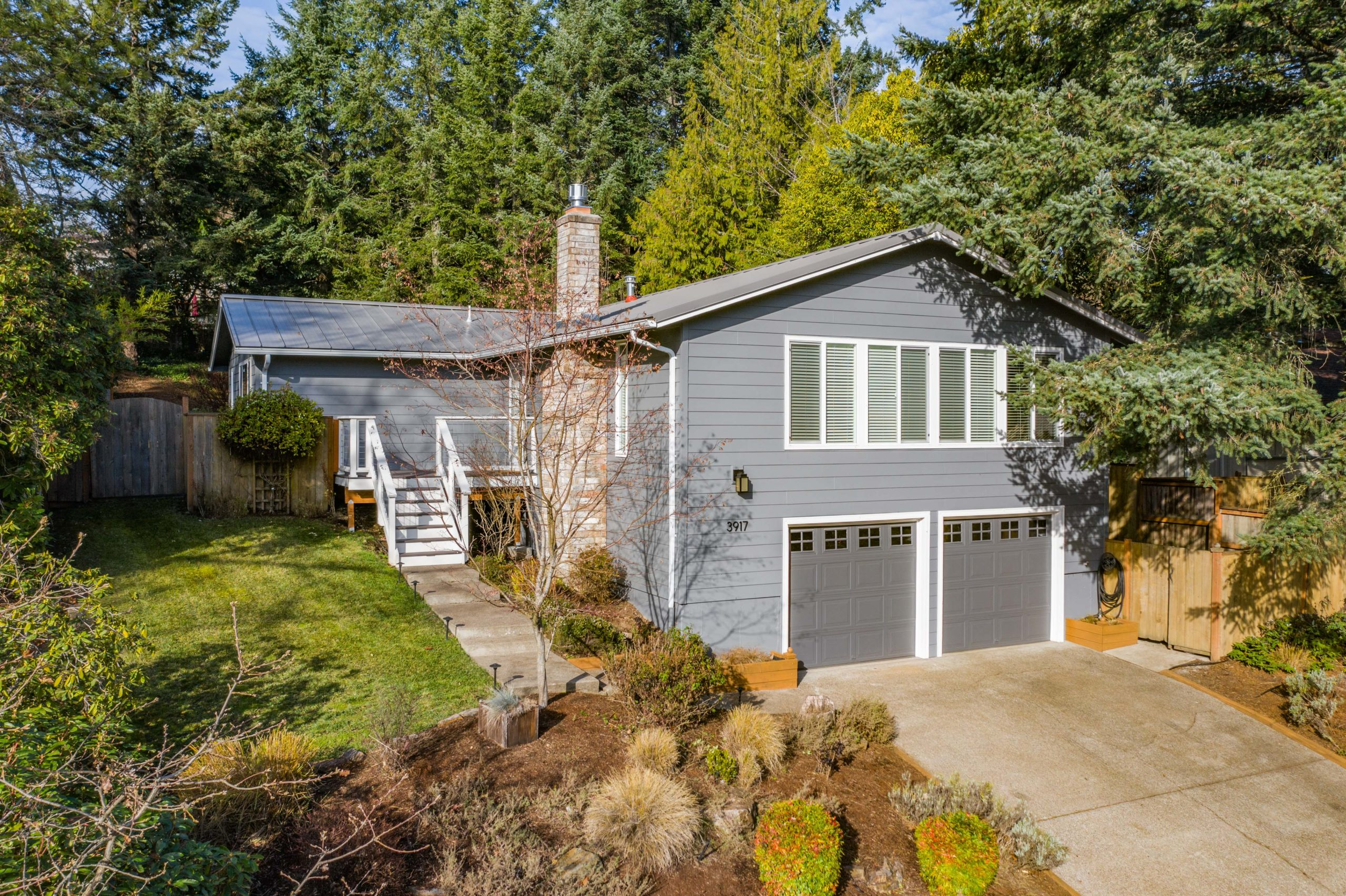SOLD:  3917 NW Jameson Dr, Corvallis.  $435,000