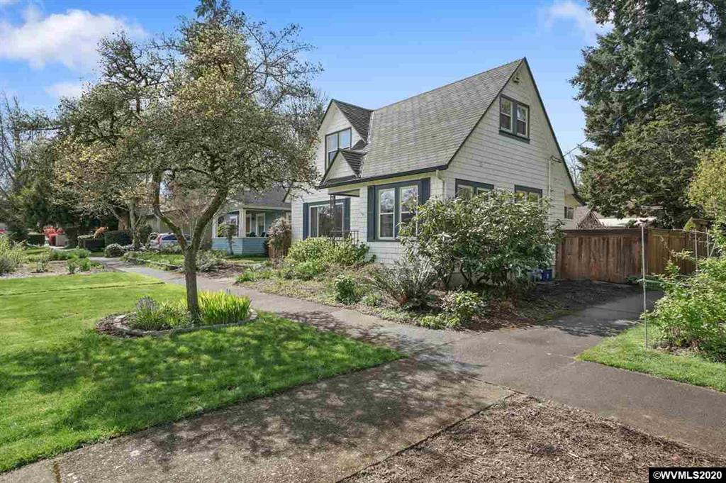 SOLD: 444 NW 8th Street, Corvallis. $420,000