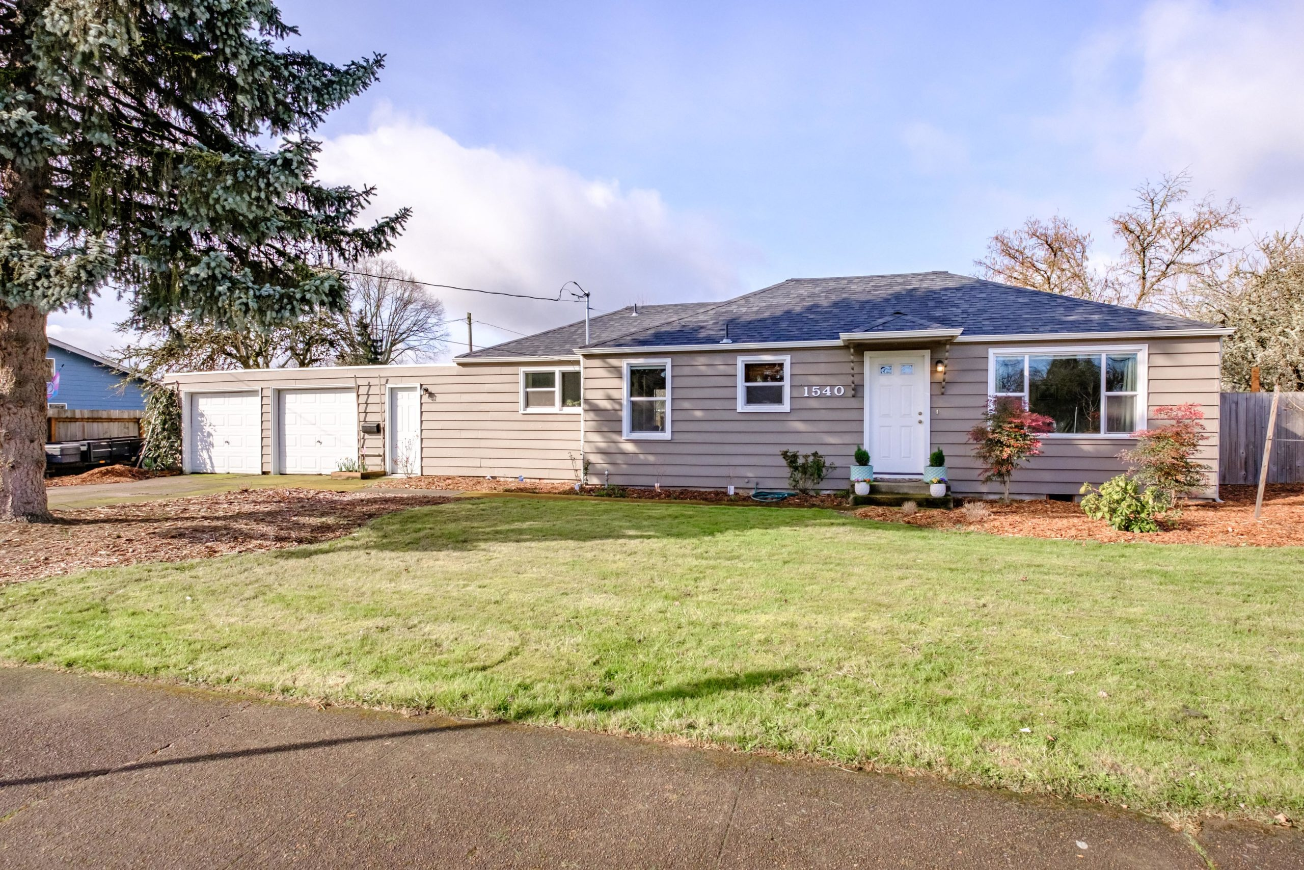 1540 NW Kings House for Sale