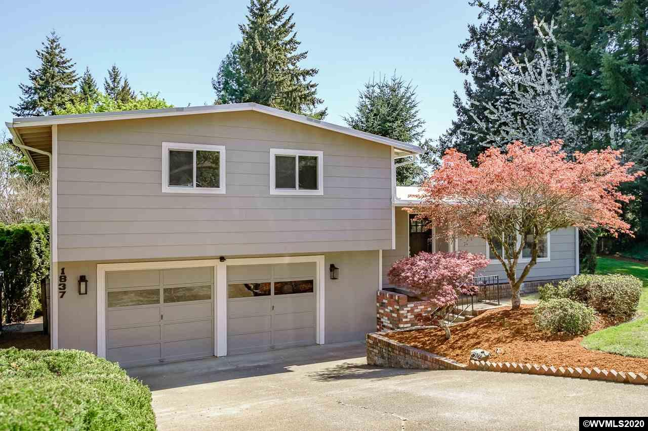 UNDER CONTRACT:  1837 NW Woodland Drive, Corvallis.