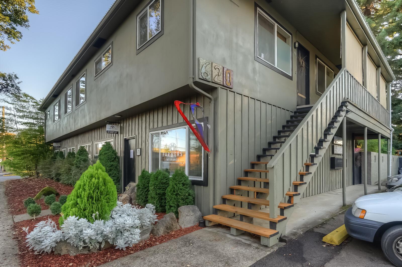 620 NW Van Buren Ave